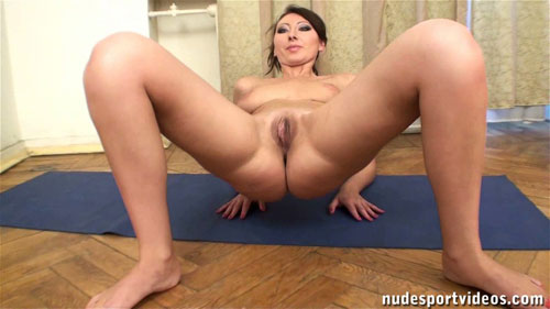 Spread nude pussy closeup in the elbow crab pose